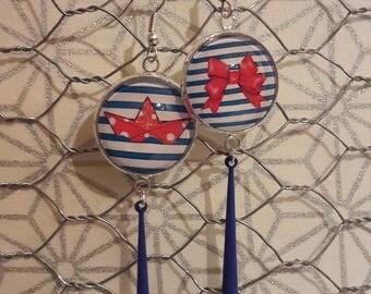 Dangling earrings, sailor pattern