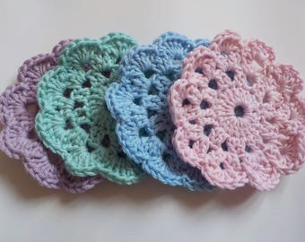 Set of crochet coasters - drinks coasters - cotton coasters - scallop edge - pastel - housewarming gift - gift for Her - hostess gift