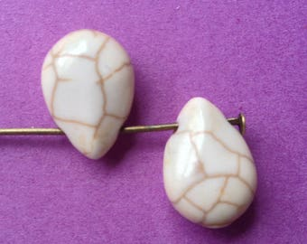 1 set of 2 beads pendants turquoise ivory white 14mmx10mm - semi-precious stone