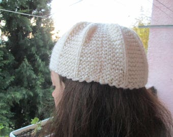 Hand-knitted winter hat, Stylish winter hat, Ladies hat, Gift for her, Ladies' accessory, Warm cap, Christmas gift for her, Knit soft hat