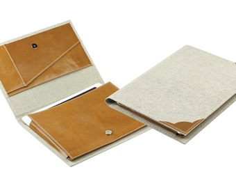 ipad/tablet holder in a linen/leather combination
