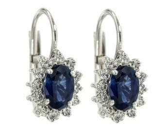 18 kt White Gold Earrings. with sapphires and diamonds, pendants with diamonds and sapphire blue, oval earrings with Gemstone