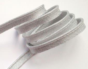 Bias exceeding silver Lurex piping