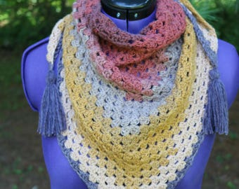 Falling for Triangle Scarf