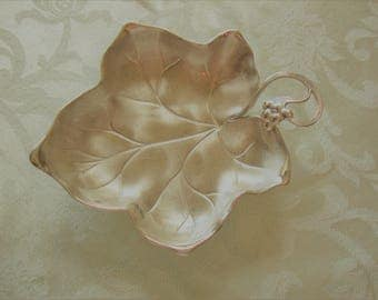 Silver Leave Dish