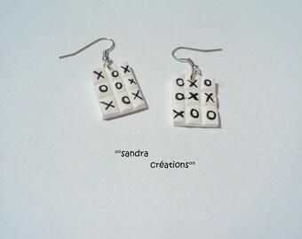 dangle earring rack Tic Tac Toe games