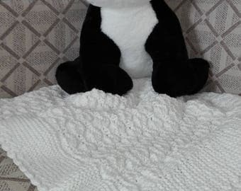 Hand knitted baby blanket BL105