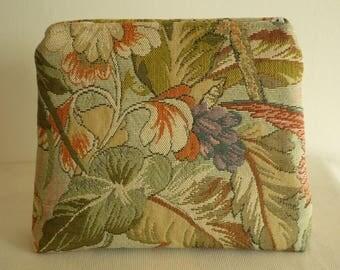 Multicolor floral jacquard clutch