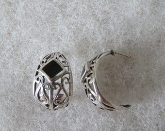Vintage Sterling Silver Peirced Earrings with Metal Filigree and Black Diamond Design