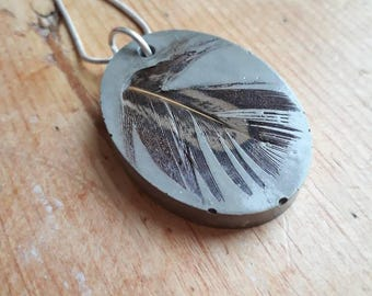 Concrete and pheasant feather necklace-concrete jewellery-feather pendent-cement necklace-countryside inspired-birthday gift