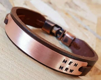 Customized Leather Bracelet with Plate Men Bracelet Man Leather Bracelet Personalized Leather Bracelet Unisex Engraved Plate gift for him