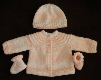 Premature baby hand knitted baby set