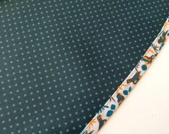 Nappe RONDE en toile cirée coton couleur bleu canard a petits pois gris - 142cm