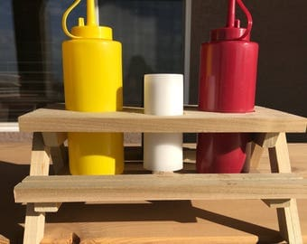 Picnic Condiment Holder