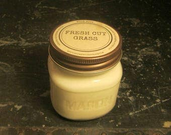 FRESH CUT GRASS // Soy Candle // Wood Wick // Mason Jar