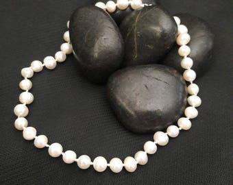 Hand knotted Freshwater Pearls 14in-16in