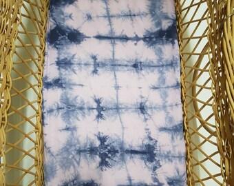 Bassinet fitted sheet, shibori, navy, lavender