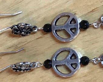 Silver Peace Sign Earrings, Silver Earrings, Hippie earrings, Boho earrings, Flower Earrings, boho gift, peace sign dangle earrings