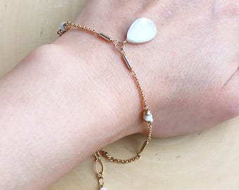 White shell tear drop bracelet