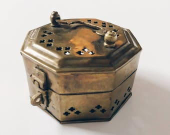 Vintage brass trinket/incense box made in India