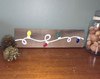 Christmas Lights on Pallet Board