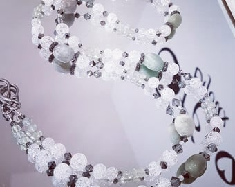 Necklace gemstones: cracked rock crystal, Morganite and Prehnite with rhodiees Strass beads and Swarovski Crystal