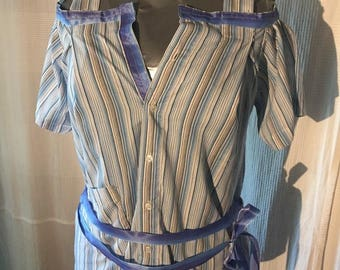 Blouse with free strips
