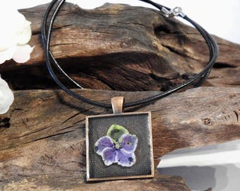 Natural Dried Purple Hydrangea Bloom resin cast Square Antique Copper Pendant with Leather Necklace