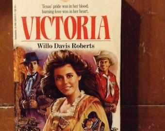 Victoria, Sunfire Romance No. 14 by Willo Davis Roberts (1985)