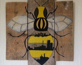 Manchester Bee Wall Art, City Skyline, Pallet Art, Driftwood Decor