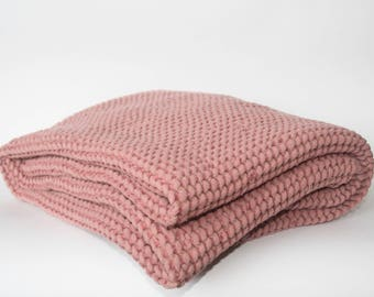 Luxury Linen and Cotton - Bath Towel Waffle Patterned (Dusty Rose)