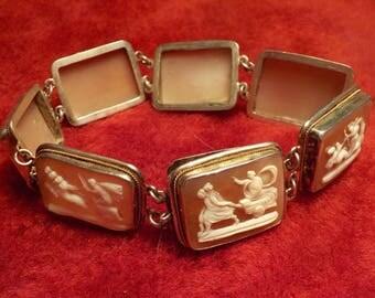 Cameo shell bracelet