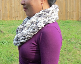 Multicolor polyester infinity scarf
