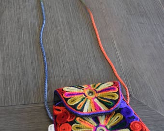 Handmade Sindhi Small Sindhi Purse with Cotton-Threaded Embroidery
