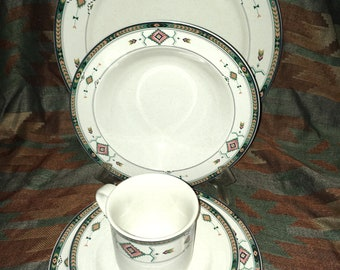 5 Pc set of Studio Nova Adirondack dishes, dinner plate, salad plate, bowl, cup, saucer Native American Y2201 Aztec China