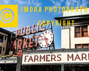 Seattle's famous Pike Place Farmers Market sign