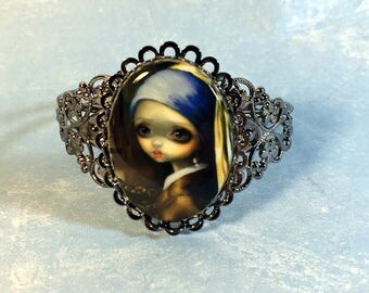 Girl with a Pearl Earring Cameo Bracelet from Jasmine Becket-Griffith Art vermeer portrait renaissance