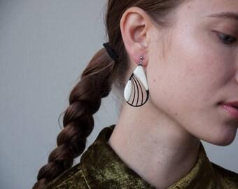 deco drop dangle earrings / oversized drop shaped earrings / long drop earrings / 1777a
