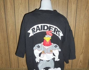 Closing Shop 40%off SALE LA  Los Angeles RAIDERS football vintage shirt tshirt tee  t shirt  90s   1993  Foghorn Leghorn  # 38
