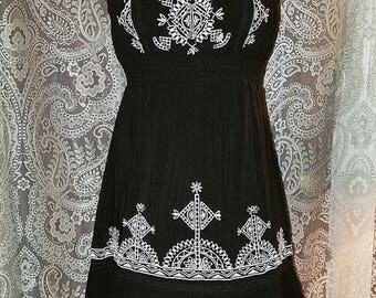 30% OFF Black and White Strapless Dress Bohemian Gypsy Witchy S/M