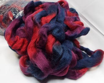 Northern Lights  top, Field Berries, Louet, 8 ounces, 225 grams, spinning fiber, spindle spinning, spinning, roving, top, Threadsthrutime