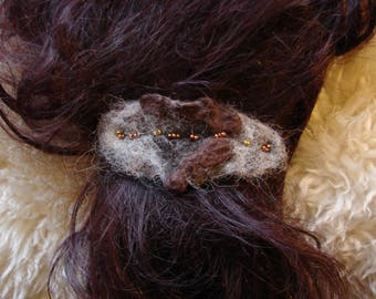 Felted hairclip. Brown and white. One of its kind. Pure wool. Pagan, Boho, Hippie.