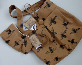 Honey Bee Bag - - Ginger Linen Bee Bag and Pouch Set - 3 Pockets - Key Fob - Hand Printed