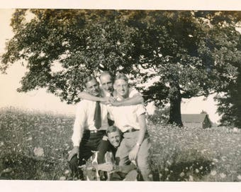 vintage photo 1930s Men Affectionate Hug in Field of Queen Anne Lace Gay int