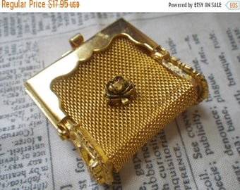 SALE 20% Off Gorgeous Vintage Bitty Brass Change Purse with Rose 1 Pc