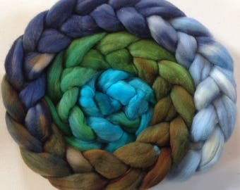 Hand dyed polwarth roving 3.5ozs