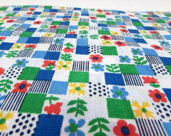 Vintage Cotton Fabric Yardage - checkerboard squares - flower power - green blue - quilting - sewing - floral - primary colors