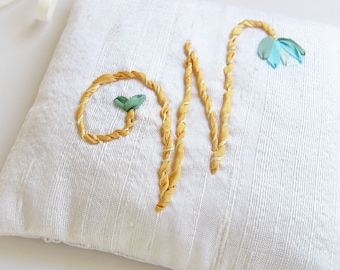 Letter W Lavender Sachet, Personalized Initial Silk Sachet, Silk Ribbon  Embroidered Initial, Aromatherapy