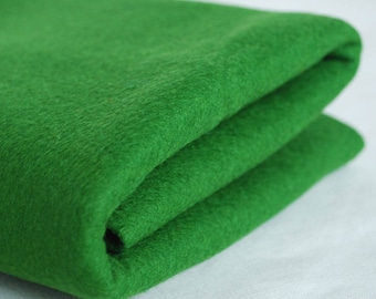 100% Pure Wool Felt Fabric - 1mm Thick - Made in Western Europe - Dark Spring Green