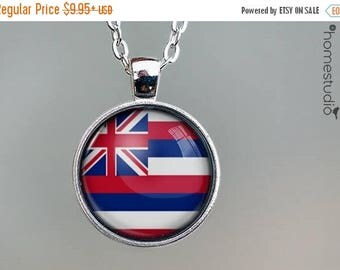 ON SALE - Hawaii Flag : Glass Dome Necklace, Pendant or Keychain Key Ring. Gift Present metal round art photo jewelry by HomeStudio